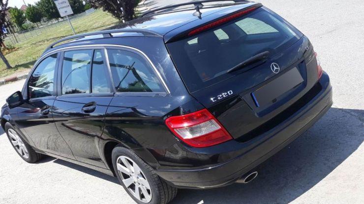 Mercedes furat din Marea Britanie, descoperit la Petea