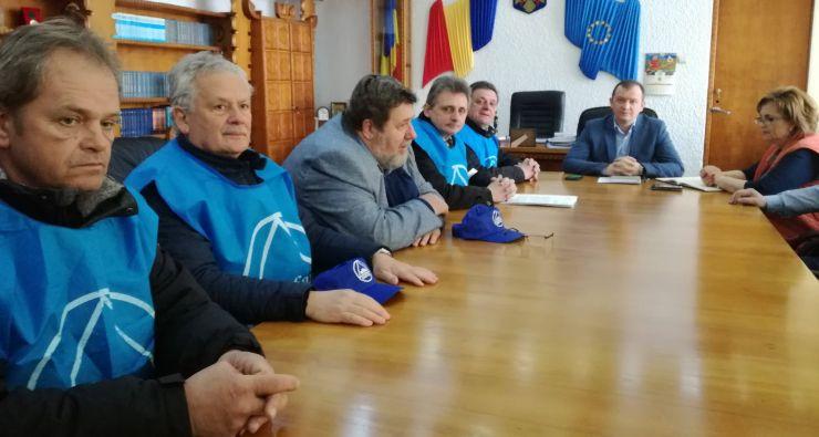 Din mijlocul greviștilor, Bogdan Hossu cere sancționarea Electrolux cu amendă penală