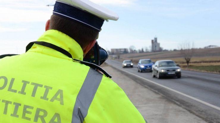 Razie în județul Satu Mare. Poliţiştii au aplicat 130 de sancţiuni contravenţionale