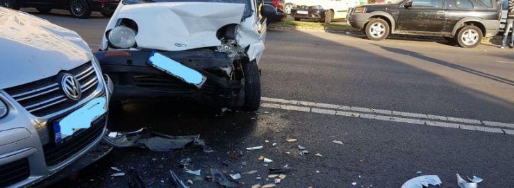 Accident produs într-o intersecție din Carei
