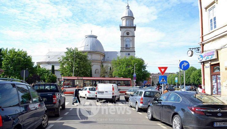 Hotărâre | Șoferii pot vira din nou la stânga de pe strada Horea