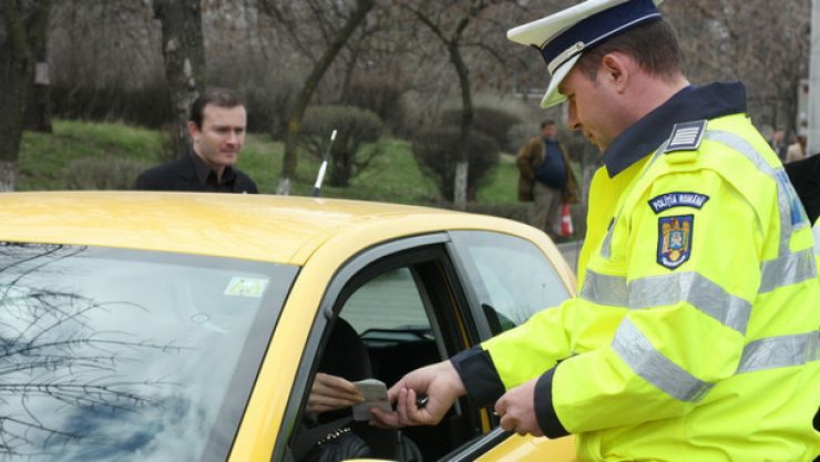 Vitezomani în Satu Mare: Peste 100 de şoferi au fost amendaţi într-o zi