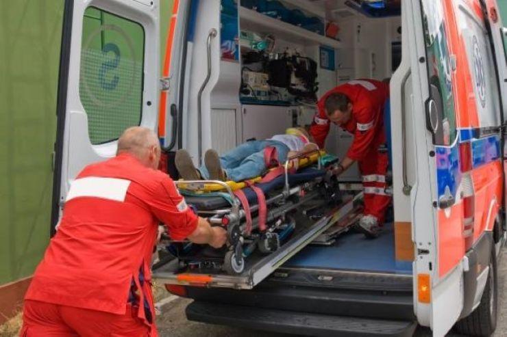 O tânără (25 ani) din Tășnad a provocat un accident cu victime