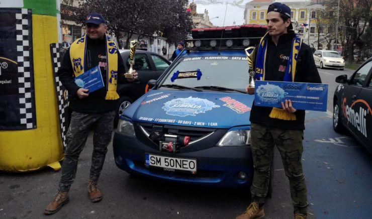Aventurierii Bertici Attila și Norbert au ajuns acasă, după 42 de zile și peste 29.000 de kilometri