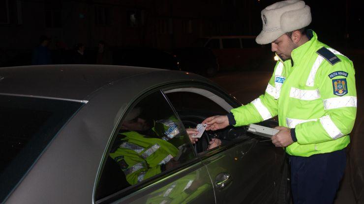 A băut și s-a urcat la volan! Polițiștii i-au întocmit dosar penal
