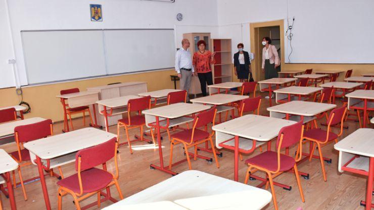 Kereskényi Gábor: Elevii sătmăreni vor fi primiți, odată cu începerea noului an școlar, în cele mai bune condiții