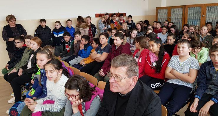 FOTO | Întâlnire culturală la școala din Odoreu