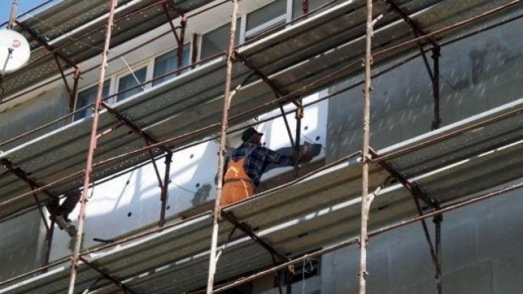 Accident de muncă | Doi bărbați, accidentați grav, după ce au căzut de la o înălțime de 4 metri