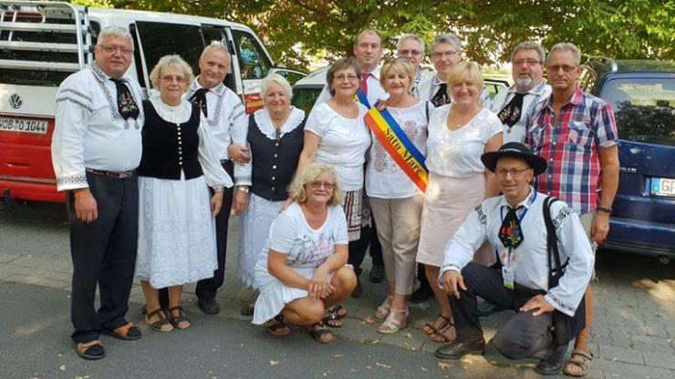 Viceprimarul municipiului Satu Mare, Doina Feher, și consilierul local UDMR, Ștefan Gati, s-au făcut de rușine în Germania