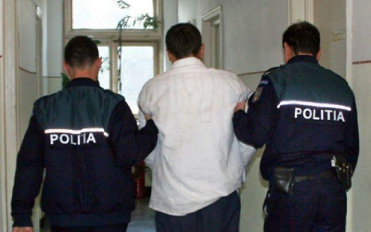 Bărbatul care a agresat mai multe femei din Satu Mare, dus în fața judecătorilor