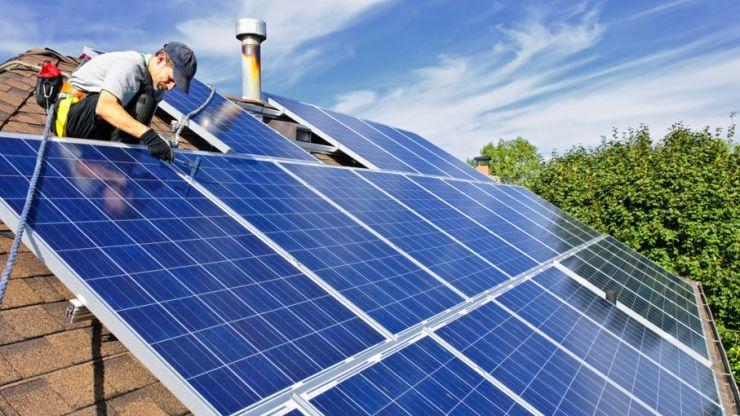 AFM a prelungit sesiunea de depunere a dosarelor de finanţare la Programul privind instalarea de sisteme fotovoltaice pentru gospodăriile izolate