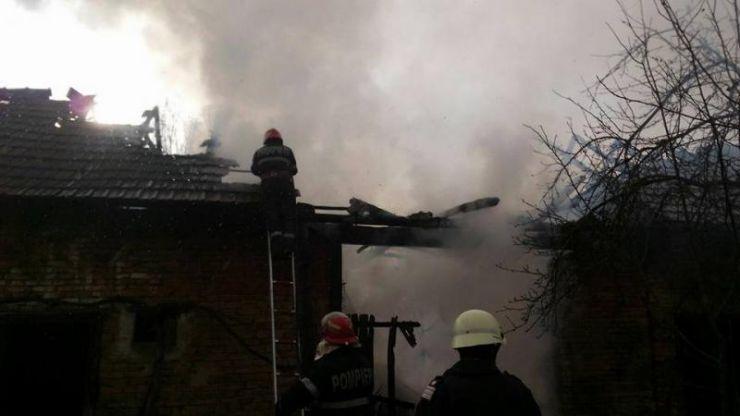 Incendiu la o casă din Boghiș