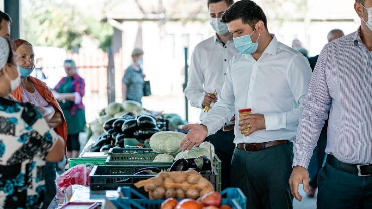 """Adrian Cozma, candidatul PNL la Camera Deputaților: """"Piețele agroalimentare rămân deschise!"""""""