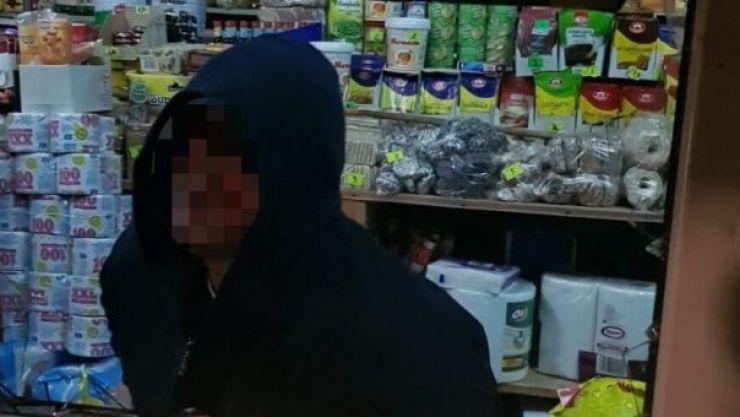 Spargere la un magazin din Satu Mare. Hoțul, identificat de polițiști