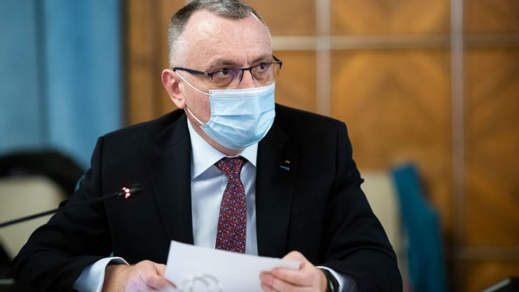 Ministrul Educației a anunțat când revin elevii fizic la școală