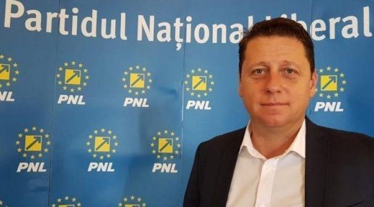 """Romeo Nicoară: """"Moţiunea de cenzură a fost depusă în Parlament. Acest guvern și acest partid sunt istorie"""""""