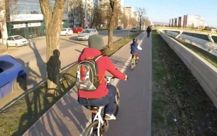 """Căldura scoate bicicletele de la """"hibernare"""". Recomandările polițiștilor pentru cicliști"""