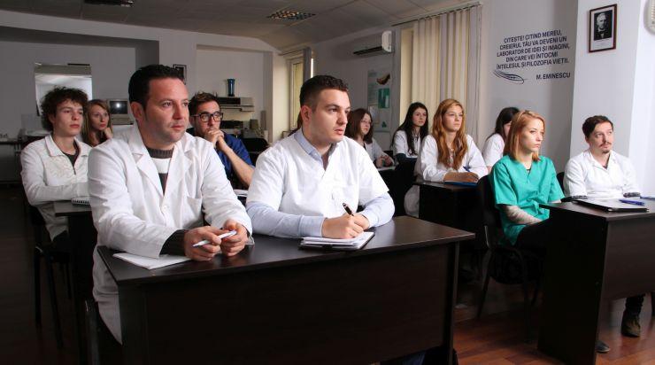 """Congres de medicină dentară """"Transilvania"""", la Cluj Napoca"""