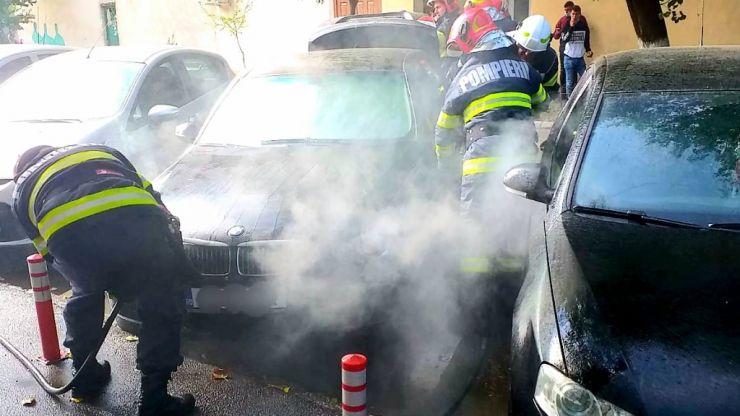 Incendiu izbucnit la un autoturism, în Negrești-Oaș
