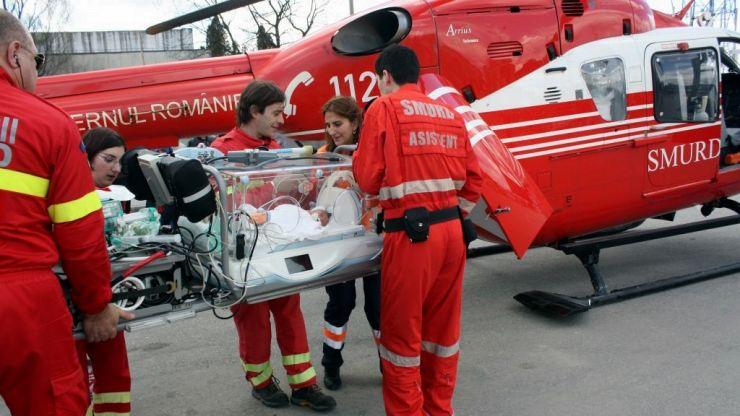 Nou-născut transportat cu elicopterul la Timișoara