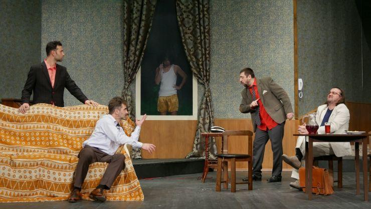 """Comedia """"Cină cu proști"""" se reia la Teatrul de Nord"""