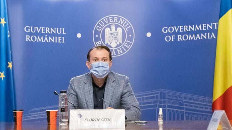 """Florin Cîțu, despre """"marea relaxare"""" de la 1 iunie: """"Dacă ne vaccinăm, vom renunța și la mască"""""""