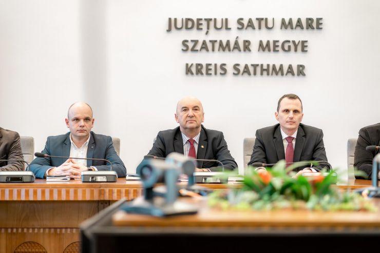Cosmin Bota a fost învestit în funcția de subprefect al județului Satu Mare