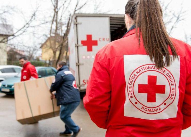 Crucea Roșie a donat lenjerii pentru Maternitatea din Satu Mare