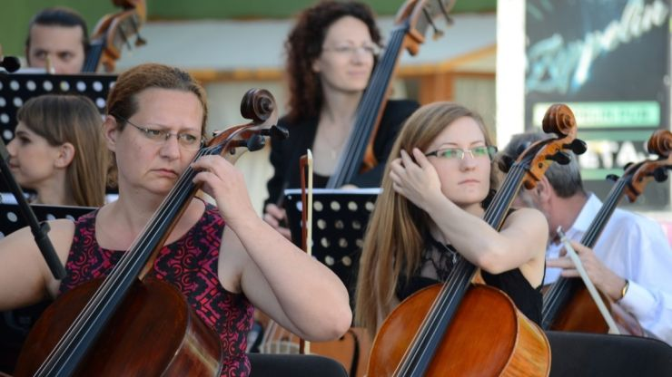 """Filarmonica """"Dinu Lipatti"""" pune în vânzare abonamentele pentru stagiunea 2021-2022"""