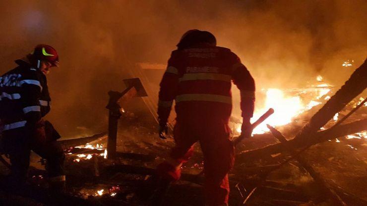 Incendiu de proporții în Negrești Oaș