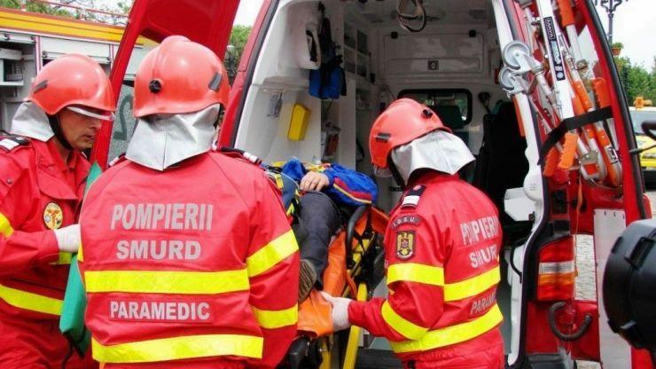 Două fetițe, de 11 și 13 ani, lovite în plin de o dubă