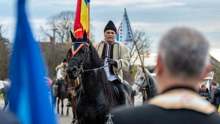 Sătmărenii au pornit călare spre Alba Iulia
