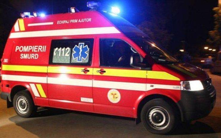 Tânără accidentată pe trecerea de pietoni din fața hotelului Dacia