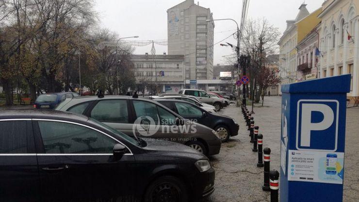 Deși sunt mai scumpe, în acest an s-au vândut mai multe abonamente de parcare în municipiul Satu Mare