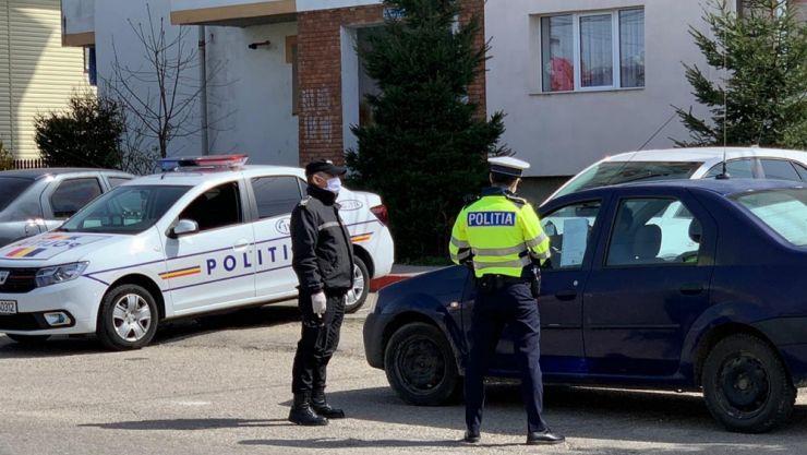 COVID-19 | Peste 3.200 de persoane infectate verificate de polițiști și 135 amendate pentru nepurtarea măștii de protecție