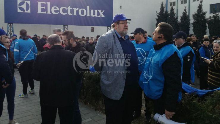 """Protestul """"vestelor albastre"""" a început la Satu Mare"""