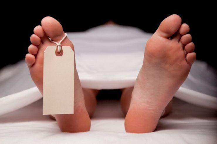 Cadavru în stare de putrefacţie, descoperit într-un șanț