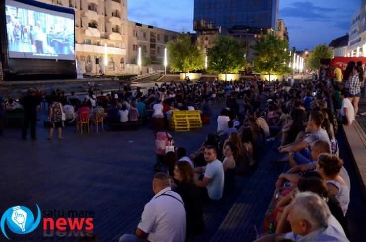 """Caravana TIFF s-a încheiat la Satu Mare cu proiecţia comediei """"Poveşti trăsnite"""""""