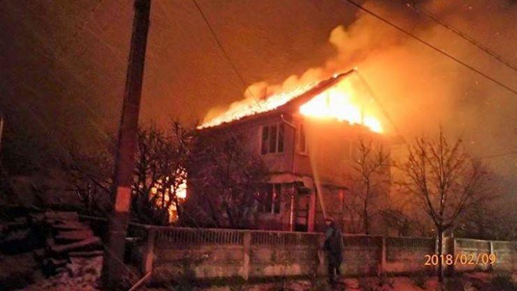 Noapte de foc pentru pompierii sătmăreni