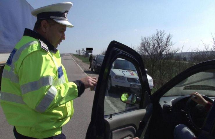 Prins la volan fără permis de conducere într-o comună bihoreană. Sătmăreanul s-a ales cu dosar penal