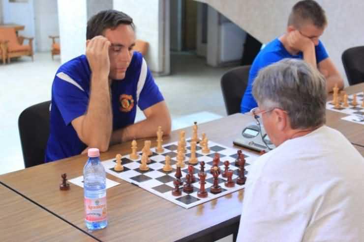 Șah. Memorialul Iuliu Szabo: Primele surprize după 6 runde