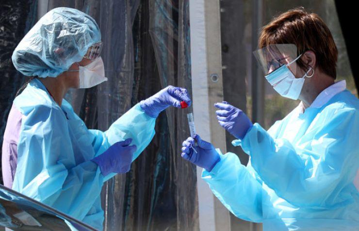 COVID-19 I Trei sătmăreni au decedat și 44 s-au vindecat