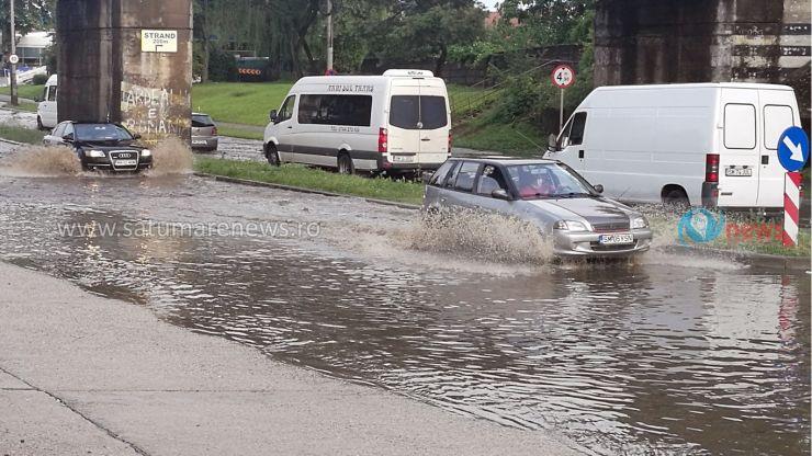 Cod galben de ploi | Poliția Satu Mare recomandă: Circulați cu grijă pe timp de ploaie!