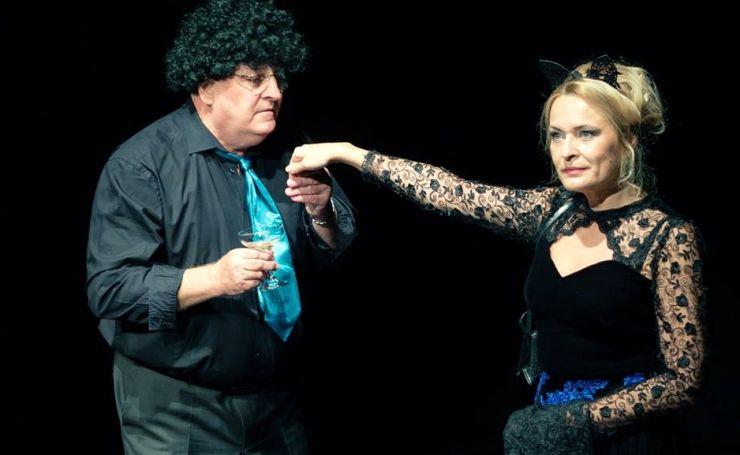 """Comedia romantică """"Iubire veche"""" se joacă, în premieră, la Satu Mare"""