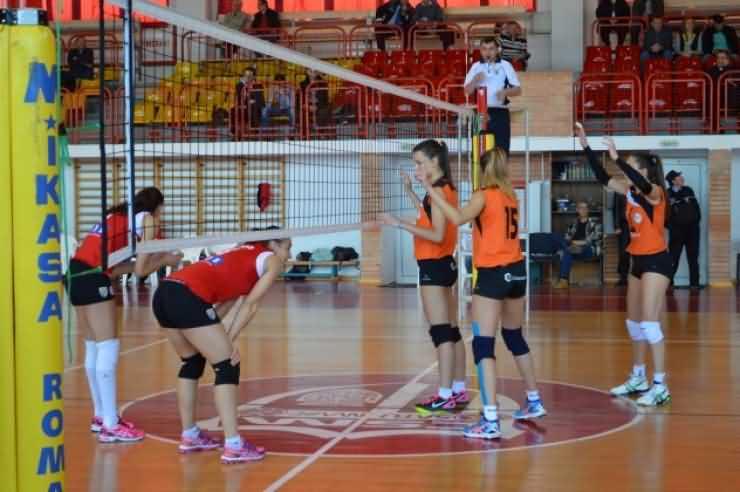 VOLEI. CSM Satu Mare învinge CSU Cluj în play-out-ul Diviziei A1