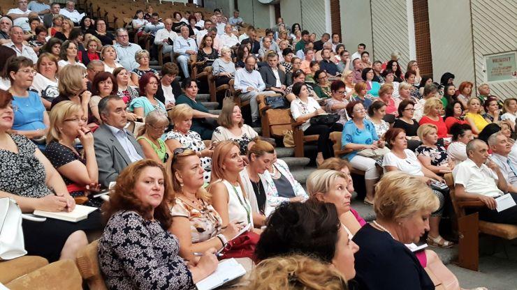 """Kereskenyi Gabor: """"Unii directori de școli nu au o viziune în privința investițiilor și sunt depășiți de situație"""""""