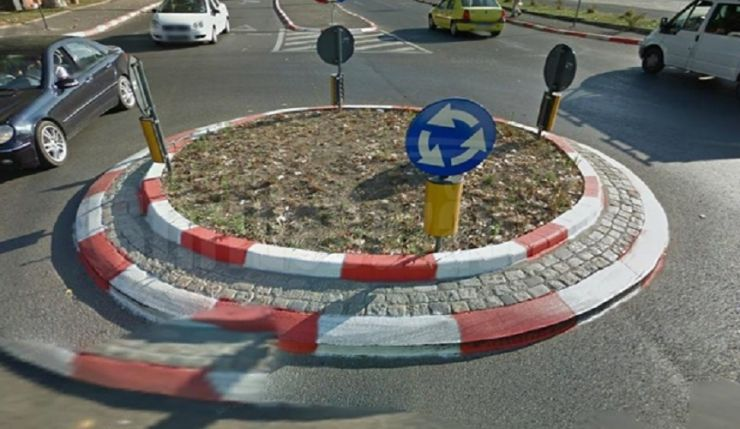Un nou sens giratoriu în municipiu