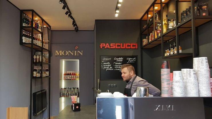 """S-a deschis prima cafenea """"to go"""" în Satu Mare"""