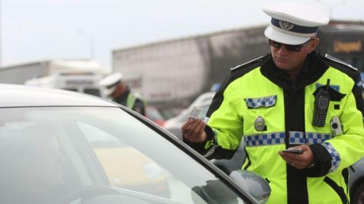 POLIȚIA ÎN ACȚIUNE - Peste 140 de amenzi aplicate, 8 șoferi au devenit pietoni