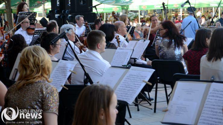 """Concertul de deschidere a stagiunii 2016-2017 Filarmonica """"Dinu Lipatti"""""""